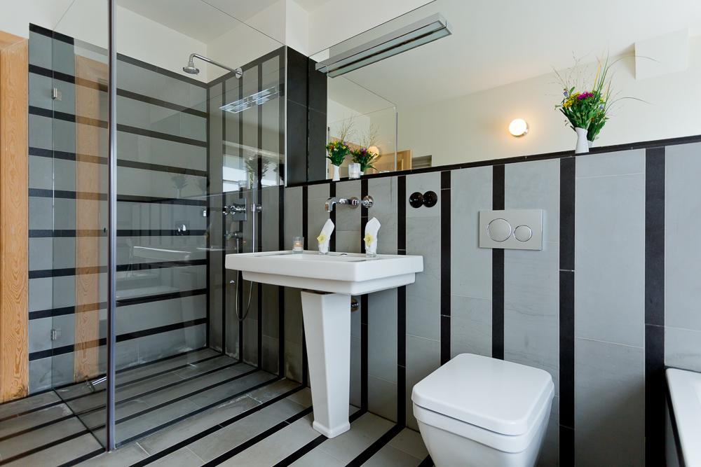 gartenhaus-dusche